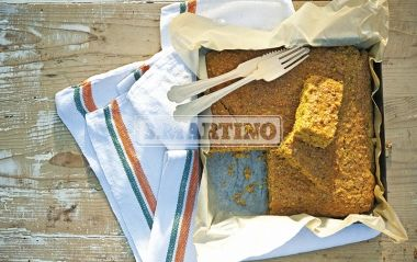 TORTA INTEGRALE DI CAROTE 1 prepared for Miscela Integrale per Torte e Biscotti (our whole Mix for cakes and biscuits), 125 ml of oil, 400 g of grated carrots, 100 g of peeled and chopped almonds, 3 eggs, 3 spoons of brown sugar, Icing Sugar. A particular and greedy cake! #dessert #cake #carrots #ilovesanmartino
