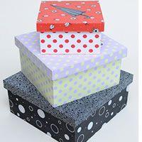 Caixas organizadoras com tecido aprenda passo a passo como fazer. A técnica da engomagem no tecido é ótima para forrar caixas de MDF.