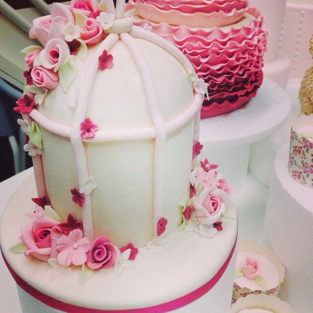 Beautiful cake by Kiki bakery.