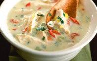 En hiver, il faut manger chaud. Ainsi, le chef Cyril Lignac vous propose sa recette de soupe de poulet.