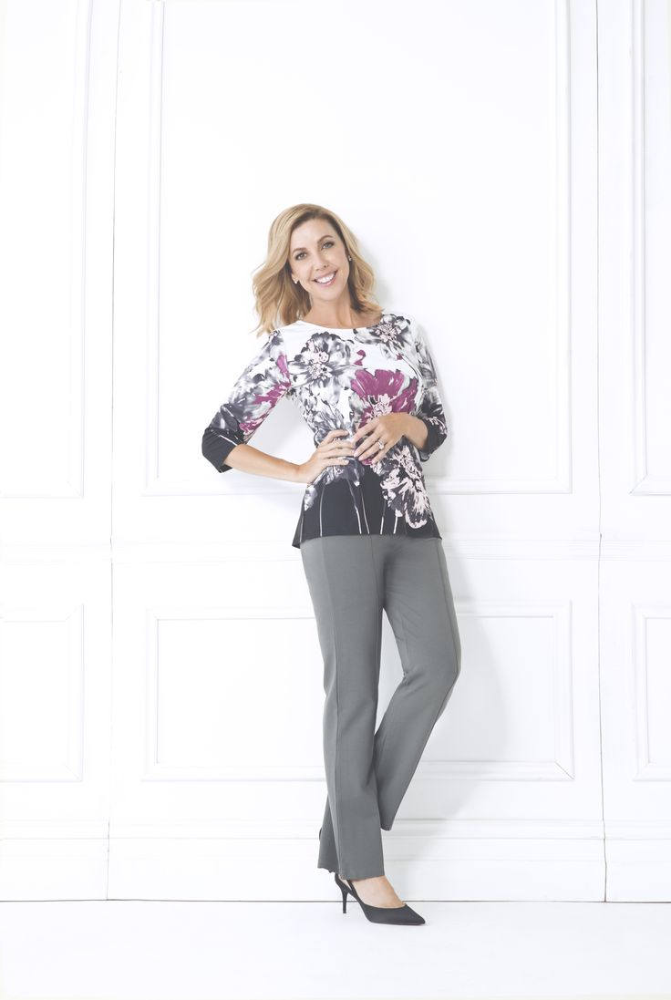 The Rae Top features a super feminine floral print detail on the front and back. This super soft top comes with 3/4 length sleeves and flattering crew neckline. Team with grape coloured pants and heels to complete the 'after five' look.  3/4 sleeve Crew neckline Floral print