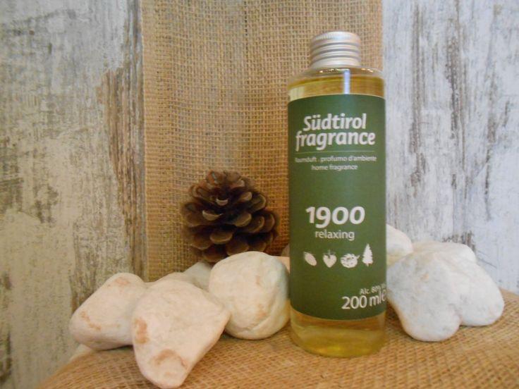 RICARICA PER DIFFUSORE AMBIENTE CON NOTE  DI: POMPELMO, FRAGOLA DI BOSCO, PINO SILVESTRE, ABETE, MUSCHIO QUERCIA  http://www.wellteca.it/wp/prodotto/ricarica-diffusore-ambiente-sudtirol-fragrance-1900-relaxing-200ml/