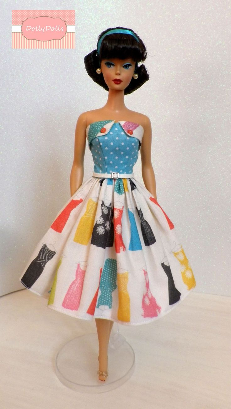 My Closet Collection. Vintage Style Strapless Dress for Barbie dolls by Dollydolls. Limited series. de MyDollyDolls en Etsy