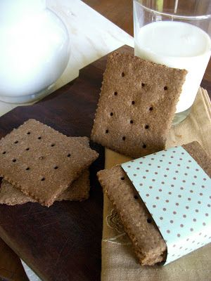 Divino Macaron: Graham Crackers
