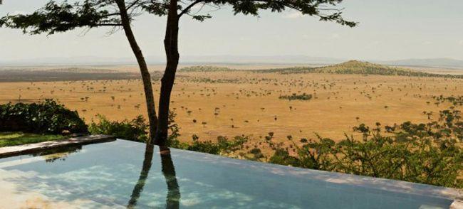20 piscines d'exception à travers le monde - Hotel Singita Grumeti Reserve Tanzanie - #piscine #originale #afrique #tanzanie #savane http://www.novoceram.fr/blog/architecture/piscines-originales