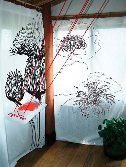 J'ai découvert la balançoire d'intérieur La Baleine rouge au salon ID D'ART à Lyon ! Pour tout ceux qui ont su conserver leur âme d'enfant, découvrez l'ensemble de la collection sur : http://www.baleinerouge.com/