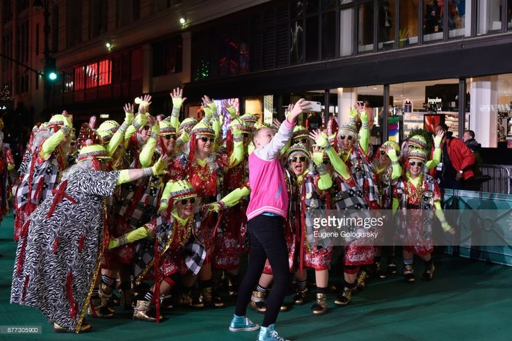 Jojo Siwa takes a selfie with the Red Hot Mamas at Macy's Thanksgiving Day Parade Talent Rehearsals at Macy's Herald Square on November 21, 2017 in New York City.