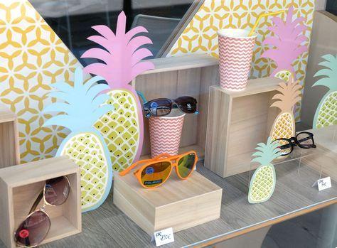 Vitrine été optique par La Belle Idée. www.la-belle-idee... #lunettes #vitrine…