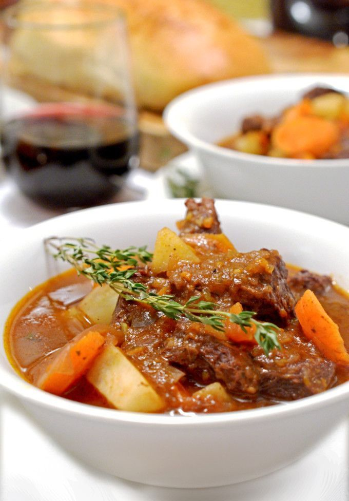 Braised Beef Stew with Potatoes and Carrots Cooking Video