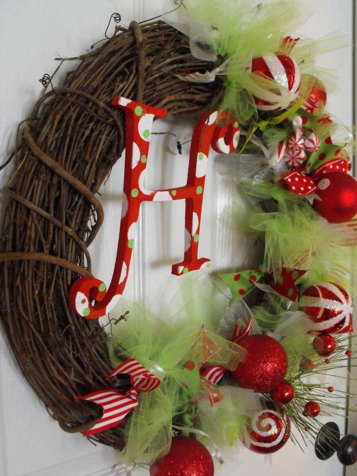 Monogram WreathChristmas Time, Diy Christmas Wreaths, Cute Ideas, Diy Wreaths, Wreath Ideas, Wreaths Ideas, Christmas Decor, Susie Harry, Beautiful Wreaths