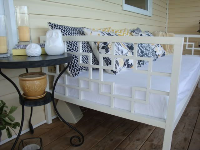 Ana White | Build a JRSMRS's $50 Daybed | Free and Easy DIY Project and Furniture Plans: Ideas, Elm Inspiration, The White, Diy'S, Diy Furniture, Guest Bedrooms, Diy Daybeds, Diy Projects, West Elm