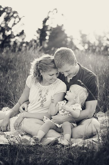 Perfect family of 3 pose ;)