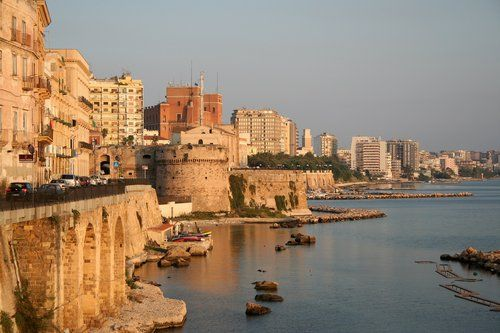 Image detail for -Taranto, Italy - Wolpy