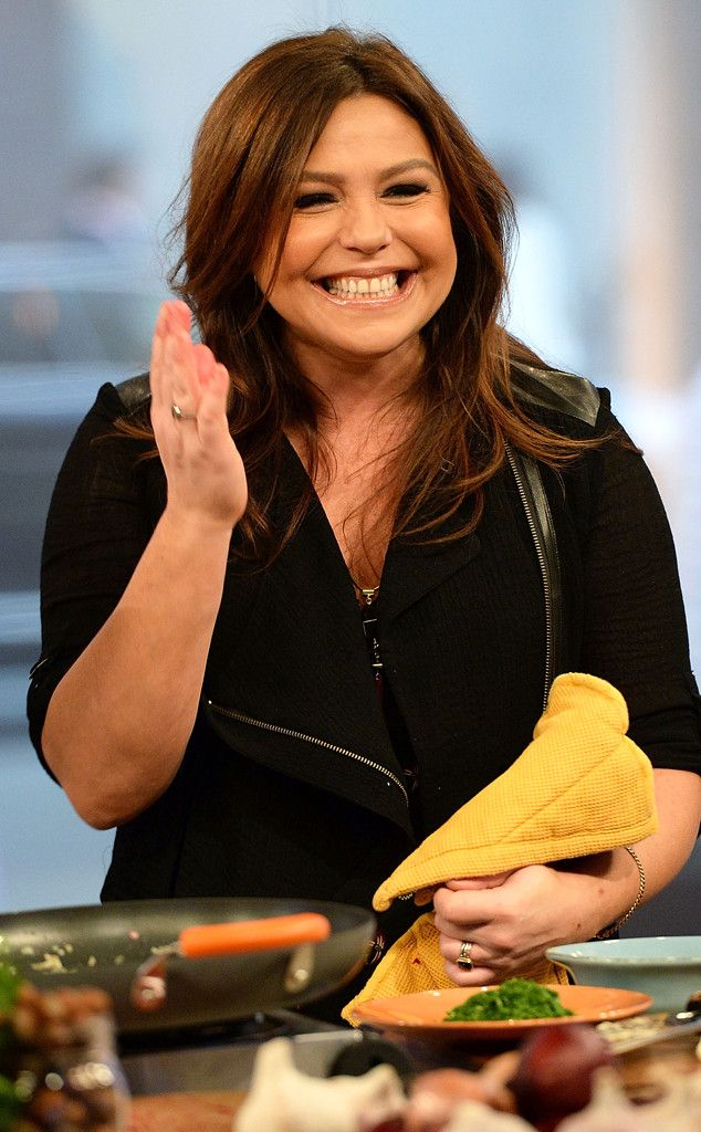 Rachael Ray from The Big Picture: Today's Hot Pics  Thirty minutes to yum-o! The Food Network star cooks up a tasty dish on Fox and Friends in NYC.