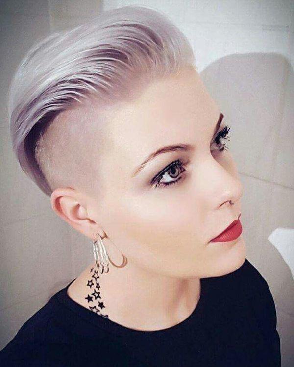 Kurze Frisuren Frauen Jahr 2019 2020 Frisur Trend Short Hair Haircuts Undercut Hairstyles Short Hair Undercut