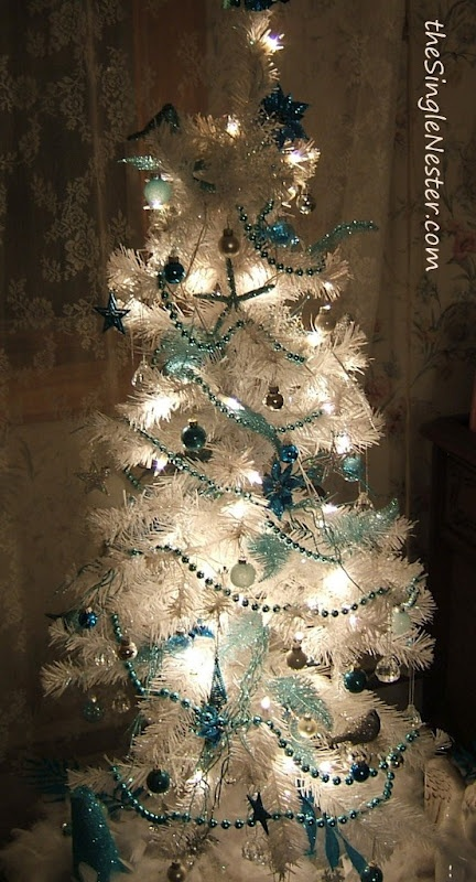 Turquoise and white christmas tree all things turquoise for White christmas tree pinterest