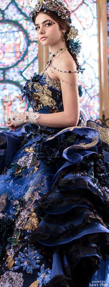 Lovely Gown   http://www.inews-news.com/women-s-world.html#.WPRW9fkrLRY