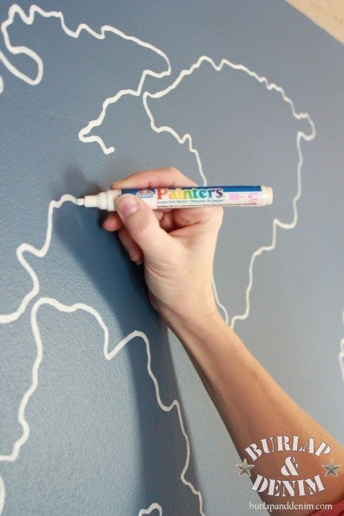 World map outline painting project tutorial