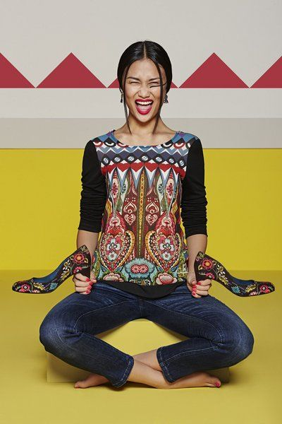 Desigual Long-sleeved ethnic T-shirt. Discover the fall-winter 2015 collection!