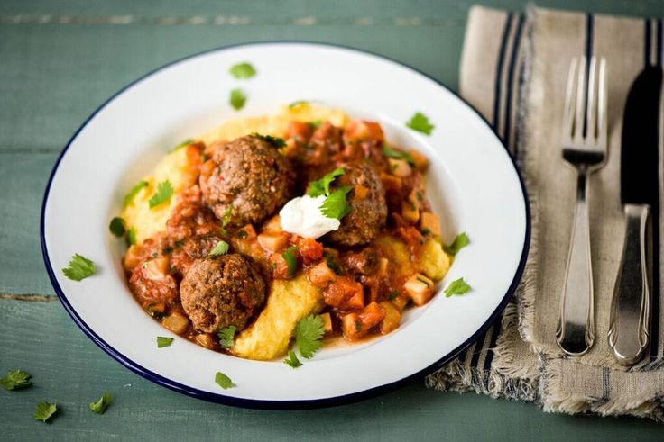 Our Turkish spice blend is full of warm flavors like allspice and cumin for a Middle Eastern twist on traditional meatballs. Earthy, sweet parsnips give this sauce another unique spin. Served on a bed of buttery polenta, this is a hearty, satisfying dish you'll love to curl up with.