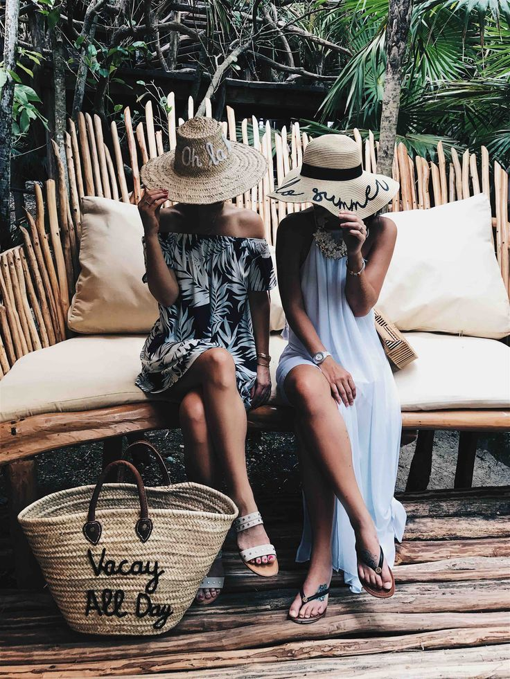 DTKAustin is sharing her must have straw summer accessories. From straw hats with fun sayings to colorful beach totes, it's all in this post! Click for more information and photos. | Must Have Summer Straw Pool & Beach Accessories | summer straw hat acces