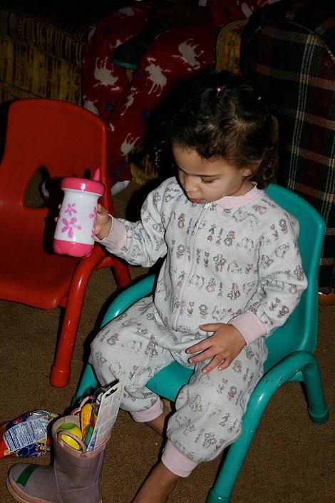 How to get your kid to sit through church.Worth Reading, Children Church, Kids Stuff, Girls Editing, Pediatric, Umc Kids, Nurseries Ideas, Baby Idease For, Troy Umc