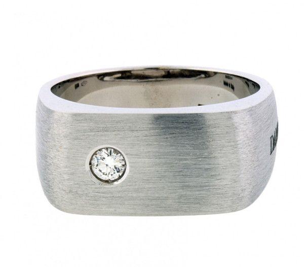 www.jewelrybydavid.com Damiani Mens diamond ring in 18 karat white gold, size 10.25.    Link to the item https://www.jewelrybydavid.com/collections/damiani/products/damiani-mens-diamond-ring-in-18-karat-white-gold-size-10-25