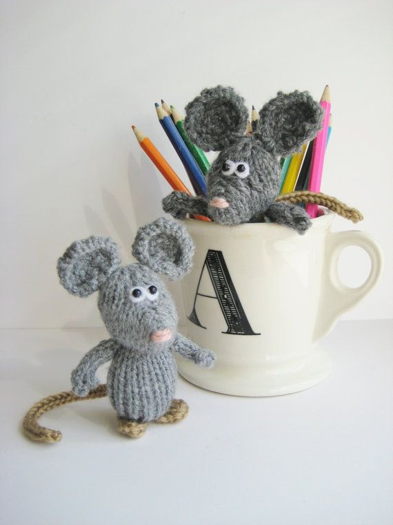 Knitting Patterns Mini Toys : Dinky Mice teeny mini toy mouse knitting pattern with ...