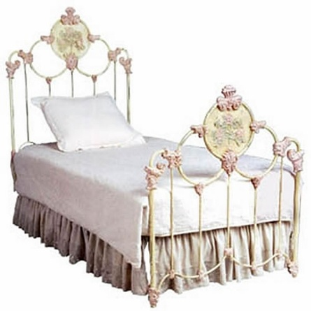 159 best Iron Beds ( Victorian) images on Pinterest | Beds ...