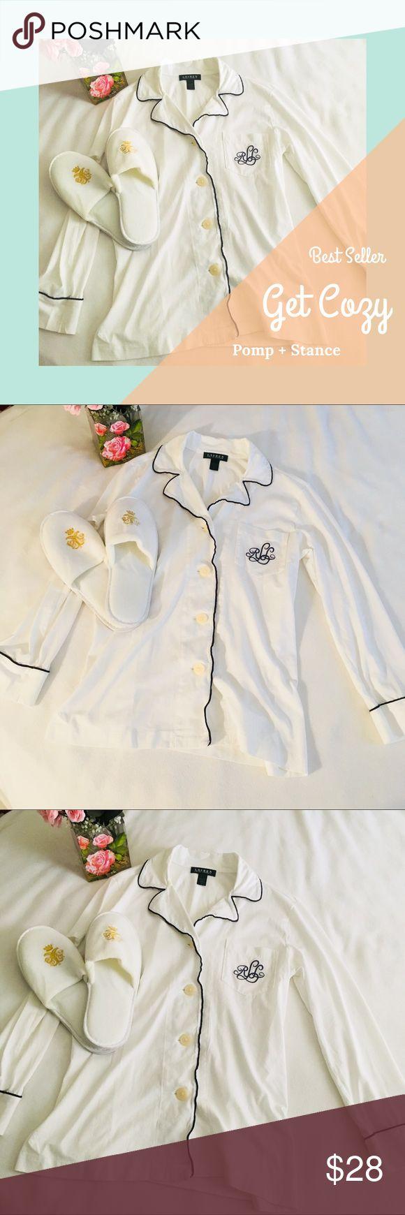 Super Ralph Lauren Monogram Spectator Sleep Shirt Super cute and classic white sleep shirt with blue trim and monogram in excellent condition Ralph Lauren Intimates & Sleepwear Pajamas