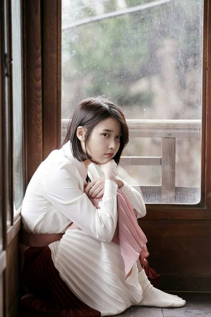 IU 170324 4th Album Pre-Release Through the Night MV
