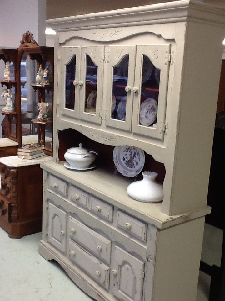 We Painted This Oak Cabinet With Amy Howard Hugo Grey With