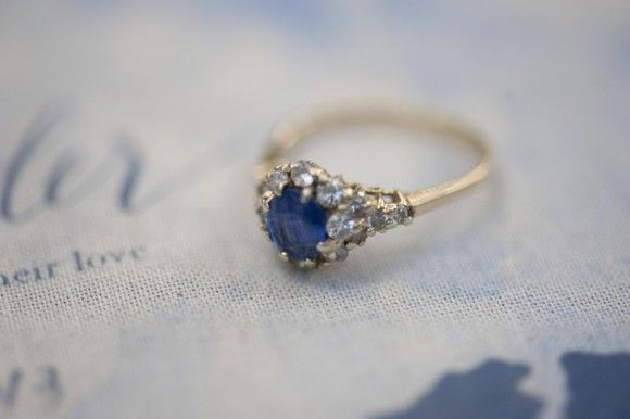 This may be the perfect ring - yellow gold, diamonds and sapphires, a bit unusual, a bit vintage ...