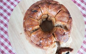 Recipe thumb akis petretzikis monkey bread stadio 16
