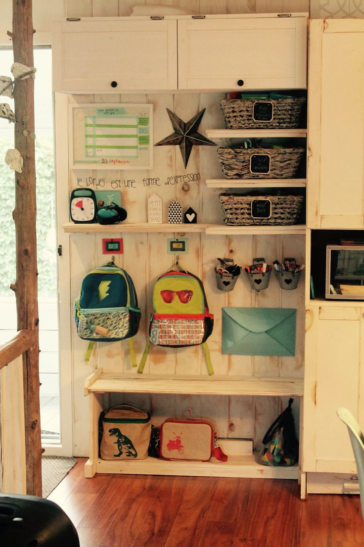 Entryway school kids, organization school, diy entryway, entrée organisée…