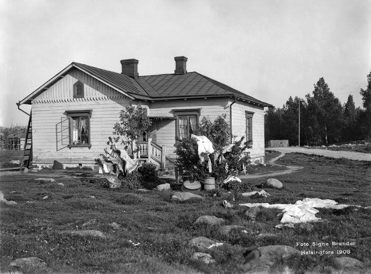 Hietakannas, nykyisen Hietaniemenkadun kohdalla. Foto: Signe Brander, 1908.
