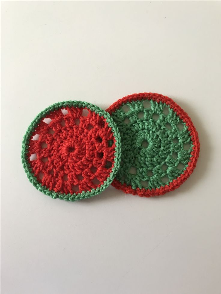 Giveaway! Crochet Christmas coasters from @CraftyChicHandmade on Instagram!