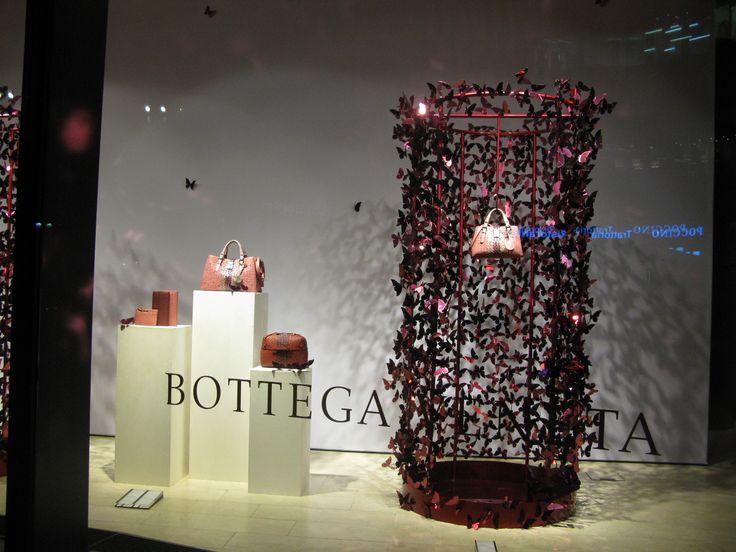 Yritys Bottega  euroshop. euroshop 2017. window display. fashion. visual merchandise. shop desing.