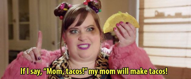 And showed you how to be a back home baller. | 28 Moments You Wished Aidy Bryant Was Your BFF