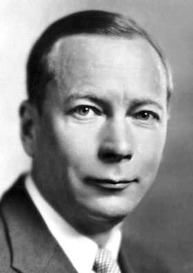 "Henrik Carl Peter Dam, The Nobel Prize in Physiology or Medicine 1943: ""for his discovery of vitamin K"", biochemistry, chemistry"