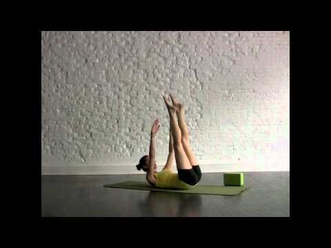 Get Ripped Abs from Yoga: Tara Stiles Yoga #tarastilesyoga #yoga #teachingyoga