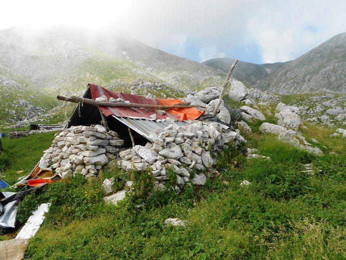 Foto di Campitello M. » Ponte Tibetano Roccamandolfi capanna pastori sentiero roccamandolfi