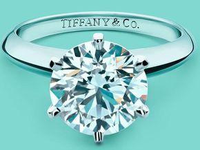 Los anillos de compromiso de Costco son mejores que los de Tiffany | ActitudFEM