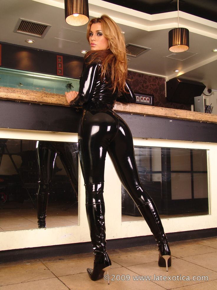 Latex leg fucker актриса