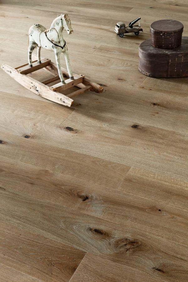 #Timberwise Oak parquet Vintage SUOMU nature like color, authentic wooden flooring outlook.  #Decor #Interiordesign #Home #Mataro #Barcelona www.decorgreen.es