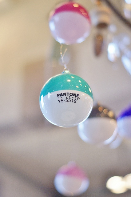 For all you design lovers: Pantone Ornaments. Now that's a bright idea. (file this under #lifenecessity, too, please)