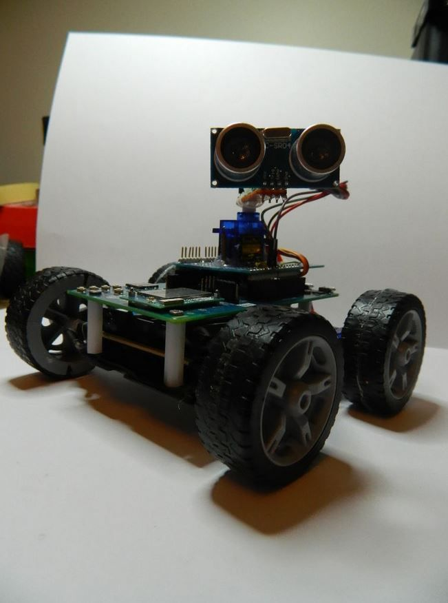 Build a robot that avoids obstacles with the Edison + Arduino breakout  http://www.instructables.com/id/Obstacle-avoiding-robot-5/?ALLSTEPS
