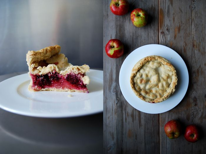 Blackberry and Apple Pie ° eat in my kitchen