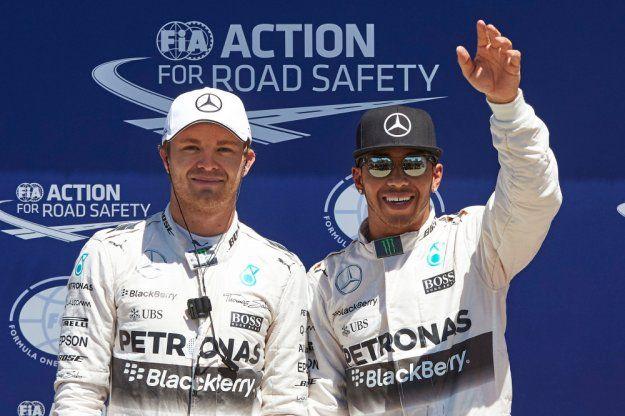 Dominacja Mercedesa nie ustaje, Kanada znów pada łupem http://www.moj-samochod.pl/Sporty-motoryzacyjne/Dominacja-Mercedesa-nie-ustaje--Kanada-znow-pada-lupem #Merceders #CanadaGP #F1