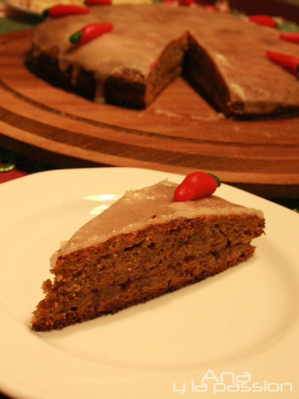 My kind of carrot cake it is dairy free but you can make it sugar free version as well recipe in English, Spanish and Hungarian on Ana y la passion
